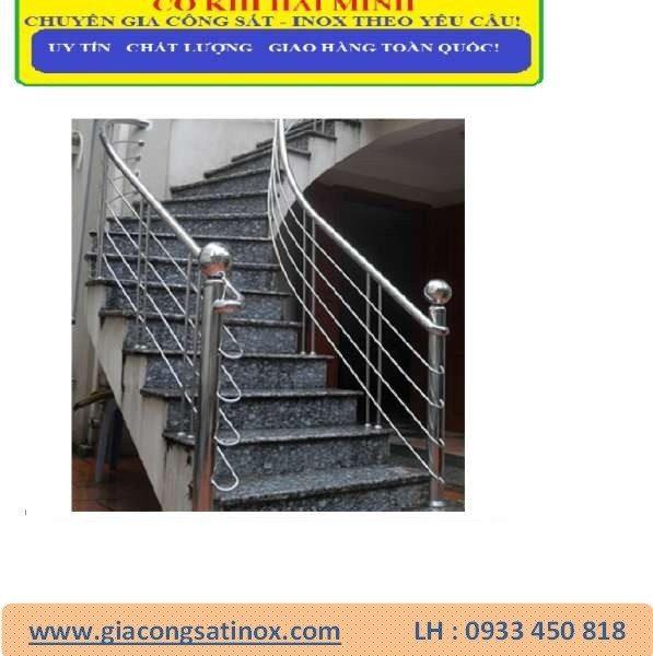 Cầu thang và tay vịn inox HM-03