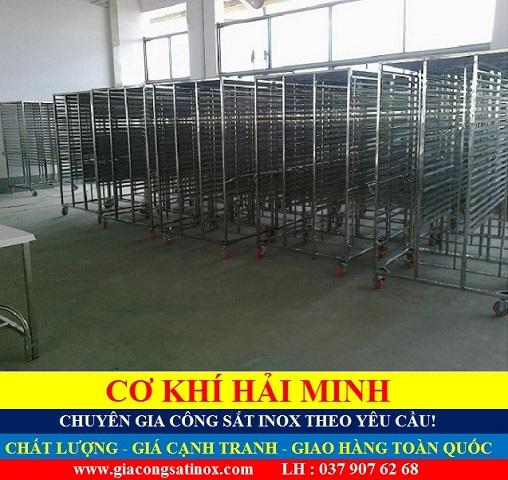 Những mẫu xe đẩy thức ăn chất lượng giá rẻ tại TPHCM Vũng Tàu Đà Nẵng Đồng Tháp
